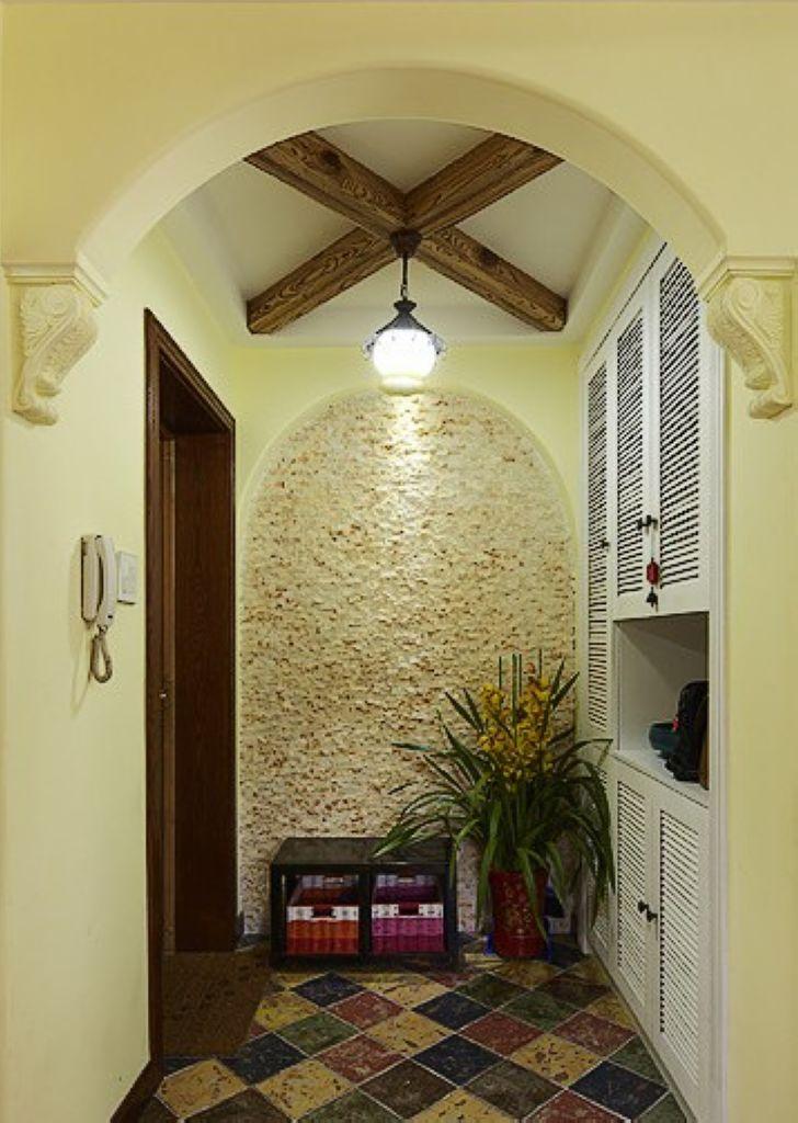 三室玄关吊顶家居图片 地中海风格两居室玄关装修效果图